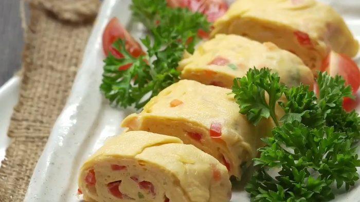 วิธีทำ ไข่ม้วนนมสด เมนูไข่ทำง่าย อร่อย มีประโยชน์