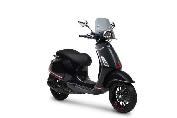 Vespa Sprint i-Get ABS Carbon Edition
