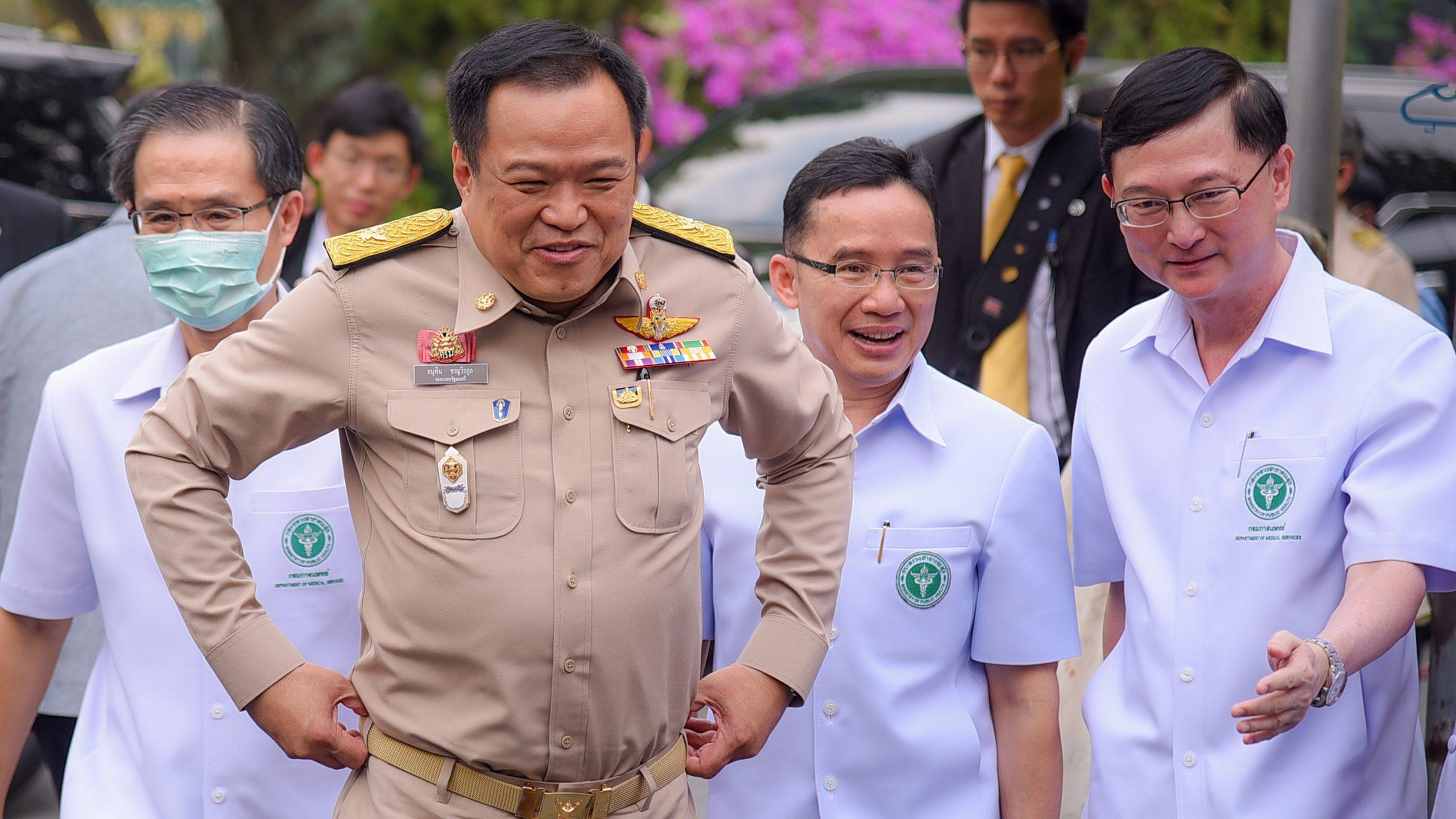 อนุทิน อุบสถานที่กักตัวคนไทย หลังรับตัวกลับจากอู่ฮั่น ย้ำไวรัสโคโรนาจะไม่แพร่จากคนกลุ่มนี้