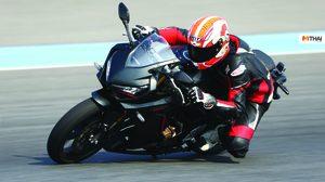 A.P. Honda ชวนคนดังสัมผัสประสบการณ์ขี่บิ๊กไบค์ CBR Series