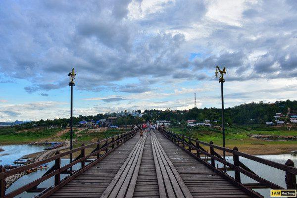 สะพานมอญ หรือ สะพานอุตตมานุสรณ์ สังขละบุรี กาญจนบุรี
