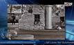 AP Photo : กระสอบทรายกั้นปั๊มน้ำมันเพื่อป้องกันกระสุนปืนใหญ่