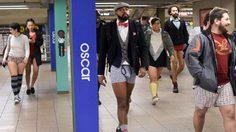 ตะลึง ! ชาวนิวยอร์ก สู้หนาว ไม่สวมกางเกงขึ้นรถไฟฟ้า