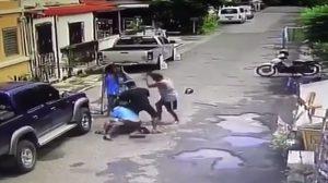 ตำรวจคุมแม่และลูกสะใภฝากขัง หลังทำร้ายเพื่อนบ้านดับ ปมเหตุต้มบะหมี่กึ่งสำเร็จรูปด้วยเตาอั้งโล่