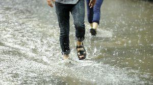 รวม 7 โรคยอดฮิต ภัยจากน้ำท่วม ที่คุณต้องระวัง!!