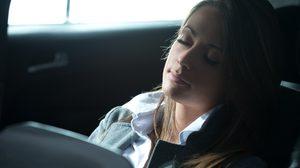 อันตราย! งีบหลับในรถพร้อมเปิดแอร์ เสี่ยงเสียชีวิตโดยไม่รู้ตัว