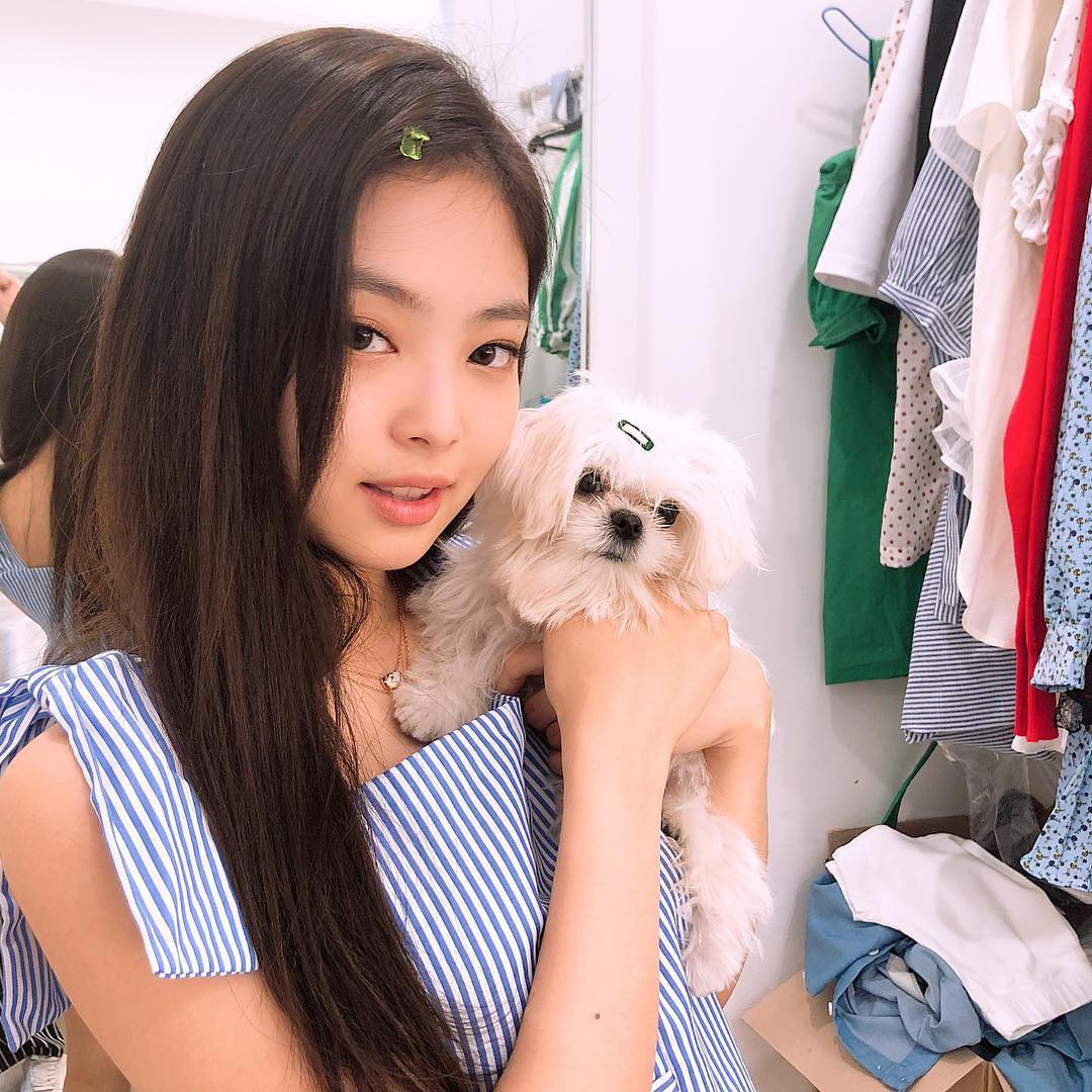 JENNIE BLACKPINK