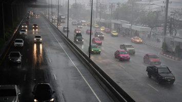 อุตุฯ เผยไทยตอนบนมีฝนฟ้าคะนอง ลมกระโชกแรงบางพื้นที่