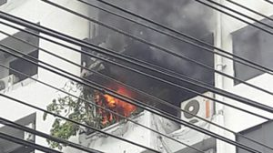 คุมเพลิงได้แล้ว เหตุไฟไหม้พาร์คพาวิลเลี่ยน!