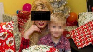 ทึ่ง สาวอังกฤษลงทุนเล่นหนังโป๊ หาเงินซื้อของขวัญคริสต์มาสให้ลูกชาย