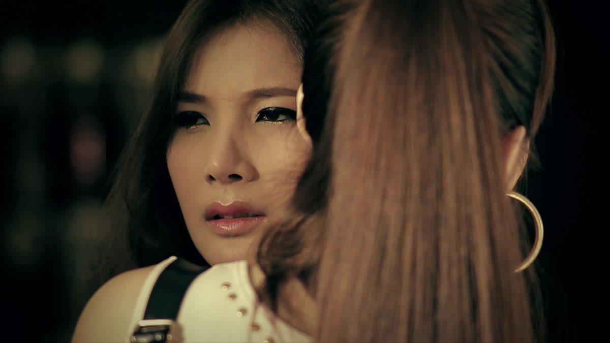 ผู้หญิงดีๆไม่ทำกัน - Pang Nutnicha [Official MV]