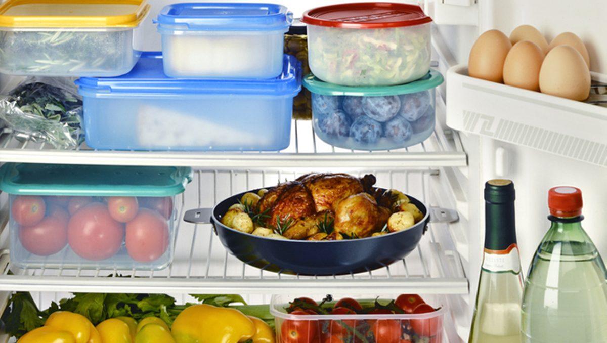 วิธีเก็บอาหารในตู้เย็น ผัก ผลไม้ เนื้อสัตว์ อาหารทะเล ไข่ไก่ ของแห้ง เก็บยังไงให้อยู่ได้นาน