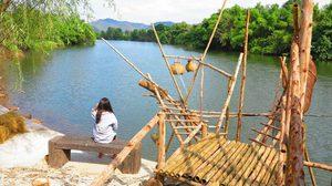 ตลาดภูอิงธาร จ.กาญจนบุรี เดินเล่น นั่งชิลล์ กินของอร่อย ริมแม่น้ำแคว