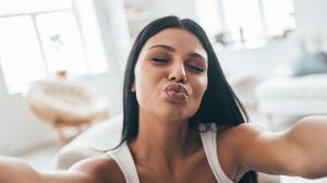 French Kiss วิธีการจูบ แบบฝรั่งเศส ของจริงต้อง 10 ขั้นตอน