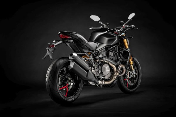 Ducati Monster 1200 S Black on Black