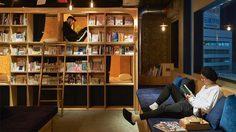 Gran Customa มังงะคาเฟ่ นอนอ่านได้เป็นเดือนที่พักสำหรับคนบ้า หนังสือการ์ตูน