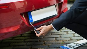 หมดกังวล แผ่น ป้ายทะเบียนรถ หล่นหายไม่ต้องแจ้งความ มุ่งเข้ากรมขนส่งอย่างเดียว!!