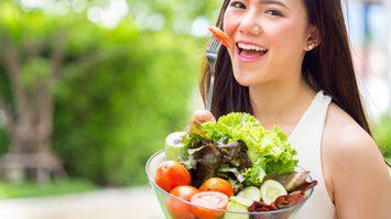 อายุ 35 ขึ้นไป กินวิตามินอะไรดี เพื่อดูแลสุขภาพให้แข็งแรง!