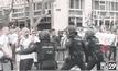 แฟนบอลโปแลนด์ปะทะตำรวจสเปน