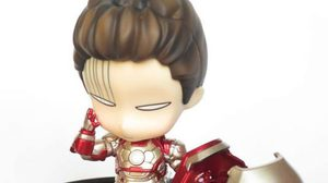 Nendoroid Iron Man  Mark 42 Hero's Edition + Hall of Armor Set