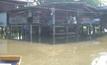 น้ำท่วมขังหมู่บ้านนาน 2 เดือน จ.พิจิตร