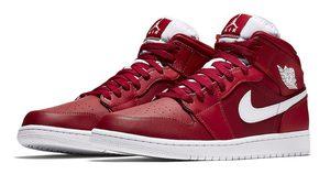 Nike เตรียมปล่อย Air Jordan 1 Mid University Red วางขายปลายฤดูร้อนนี้แน่นอน