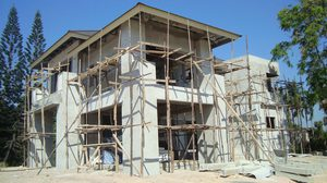 สรุปภาพรวม ตลาดรับ สร้างบ้าน ปี 2560 และแนวโน้มปี 2561