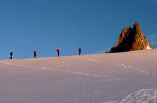 Mont Blanc ภูเขาโคตรอันตรายที่สุดในโลก