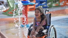 Morgan's Inspiration Island สวนน้ำสำหรับคนพิการแห่งแรกของโลก!