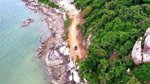 'มงคลกิตติ์' ลุยหัวหิน ชาวบ้านแจ้งมีการขุดถนนถมดินที่เชิงเขาวัดเขาตะเกียบ