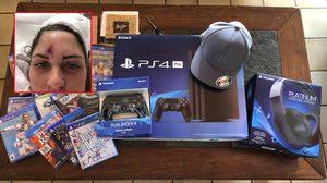 พนักงานโซนี่หวดลูกกอล์ฟเข้าหน้าผากแคดดี้สาวเต็มๆ เลยมอบเซ็ต PlayStation 4 เพื่อขอโทษ!!