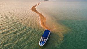 อลัง!! ภาพ ทะเลแหวกสันมังกร อีก UNSEEN ของไทย