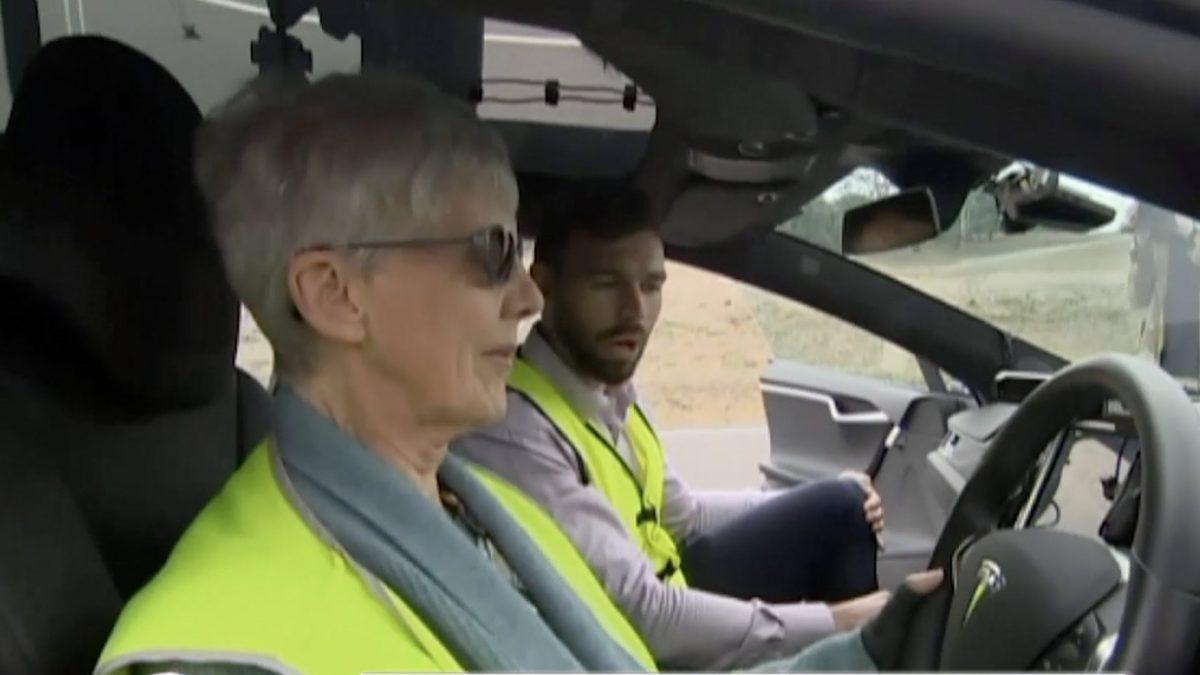 รถไร้คนขับสำหรับผู้สูงอายุในออสเตรเลีย