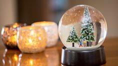CHRISTMAS GLOBE ที่ไม่ธรรมดาเพราะหิมะข้างในใช้ เพชรแท้!!