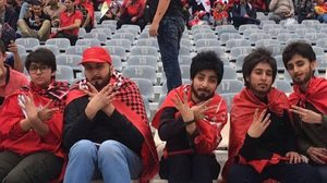 สาวอิหร่านต้องปลอมตัวเป็นผู้ชายเพื่อไปดู ฟุตบอล ที่สนาม เพราะโดนสั่งห้ามเข้าเด็ดขาด!