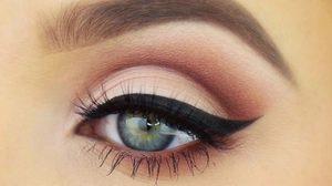 วิธีแต่งตาสำหรับคนตาลึก