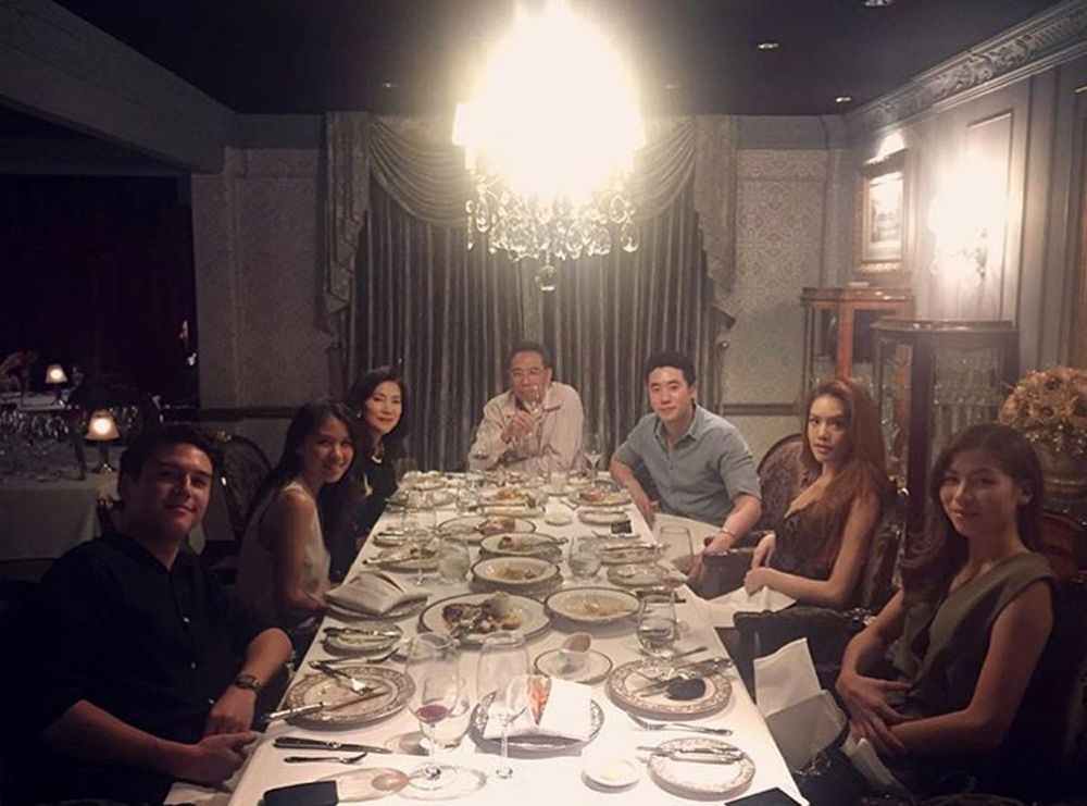 วันเกิดเกรซ ขุนพลพาไปทานข้าวกับครอบครัว