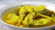 สูตร แกงเหลืองปลากระพง เข้มข้นด้วยพริกแกงทำเอง