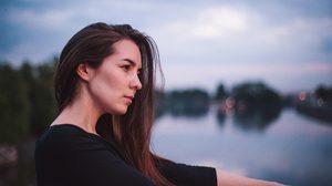 8 ลักษณะเด่น ที่บอกว่าคุณเป็น คนอ่อนไหวง่าย