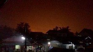 ชาวบ้านเมืองคอนผวา! เกิดปรากฏการณ์ 'ฟ้าแดง'