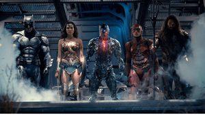 """มาร่วมเป็นเดอะลีก พร้อมสร้างสรรค์โปรไฟล์ในสไตล์ฮีโร่ """"Justice League"""" ที่คุณชอบ"""