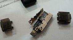 แฟลชไดรฟ์เสีย อย่าเพิ่งทิ้ง ลองแกะดูอาจได้การ์ด MicroSD มาใช้