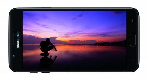 เปิดตัว Samsung Galaxy J7 (2018), J3 (2018) ราคาประหยัด กล้องรูรับแสงกว้าง