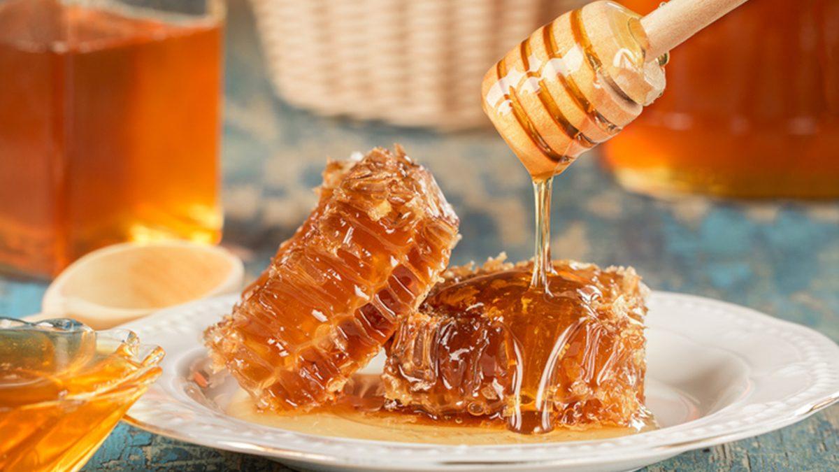 8 ข้อดีที่จะเกิดกับร่างกาย หากคุณ กินน้ำผึ้ง ทุกวัน