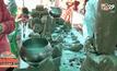 พะเยา-พบวัตถุโบราณกลางทุ่งนา คาดอายุกว่า 500 ปี