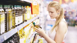 วิธีเลือก น้ำมันมะกอก ให้ถูกใจคออาหารไทย อร่อยได้สุขภาพ