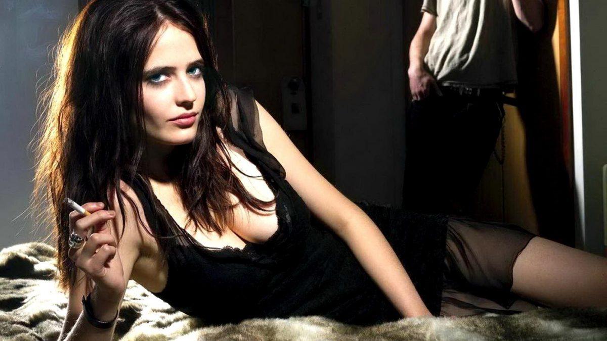 10 นักแสดงสาวที่มี 'ฉากเลิฟซีนเปลือยกาย' ในภาพยนตร์มากที่สุด 18+