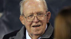 บัดดี้ ไรอัน ปรมาจารย์เกมรับแห่ง NFL เสียชีวิตลงแล้วในวัย 82