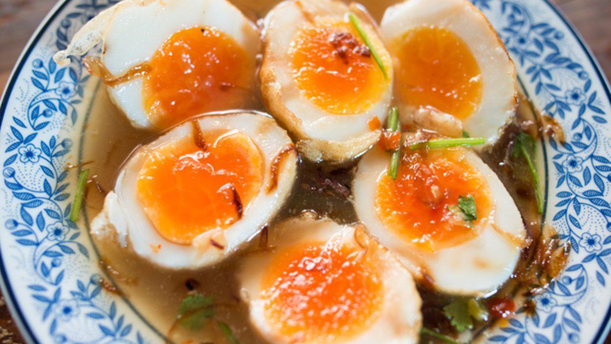 สูตร ไข่ลูกเขย รสชาติเปรี้ยวๆ หวานๆ เมนูชวนเติมข้าว