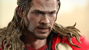 Thor The Dark World แอ็คชั่นฟิกเกอร์มาสเตอร์พีซ จาก Hot toys